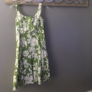 👗Women's Size 12 Green and White Floral Dress